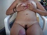 A lady enjoys piss-shower