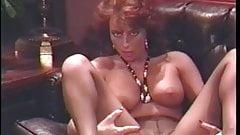 Vritish slut Vida shows off her pussy
