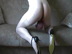 Big pumped ball Tranny in Stockings