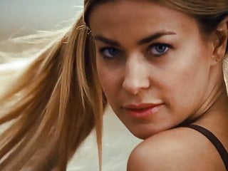 Preview 1 of Carmen Electra - Meet The Spartans