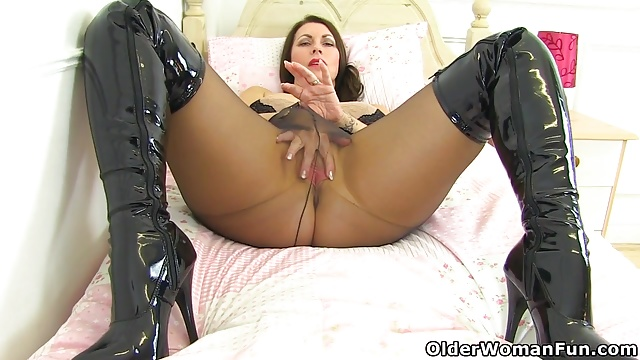 Preview 1 of English mums in tights part 3
