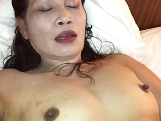 Mom and sonsex