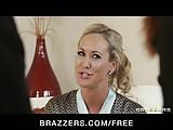 Brazzers - Blond MILF Brandi Love is massaged & fucked