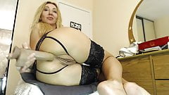 Blond anal whore fucking her hole