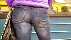 Nice ass in jeans go to the train