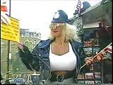 Lisa Lipps - In London