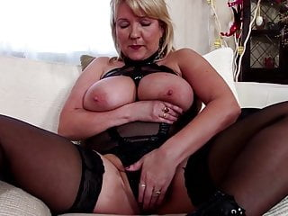 japanese granny shows hairy pussy
