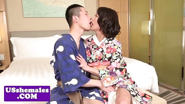 Preview 1 of Amateur ladyboy sucking before versatile sex
