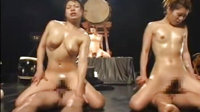 Preview 1 of zenra nude taiko drums