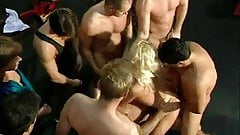 Valentina Blue Hard Toilet Gangbang Mobile Porno