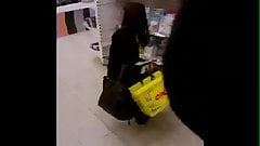 Flash cum in supermarket 7