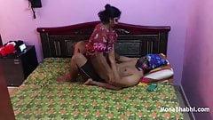 Mast Mona Bhabhi Sexy Saree Hotel Mai Chudai