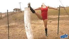 The Hot Lady Whisperer - Amazing Body Latina! 10+ Ass!