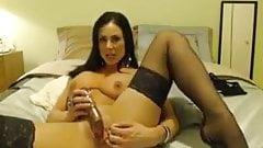 Lusty milf toys on cam