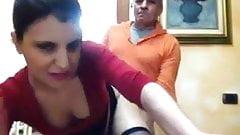 Giovane ragazza si fa scopare da un vecchio davanti la cam
