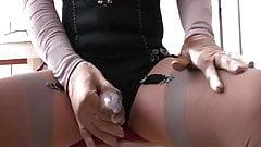 P 5-5: Lyn wanks in a stocking string made by my sluty wife