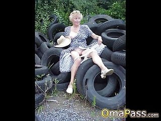 OmaPasS Old Nude Amateur Porn Pictures Slideshow