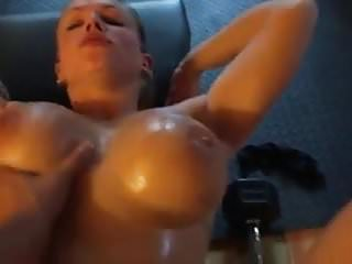 Extremely Hot Muscle Woman Fucked At Her Private Gym