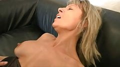 Beurette gonzo ca demenage - 1 part 1
