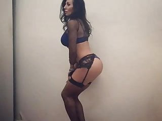 Milf Jackie in lingerie shows some ass