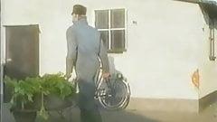 Pinup Club : Jolande uit de Achterhoek (1990)(Dutch spoken).
