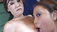Sexy Asians in fulfilling threesome