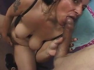 Hairy mature nina gets snatch jizzed upon