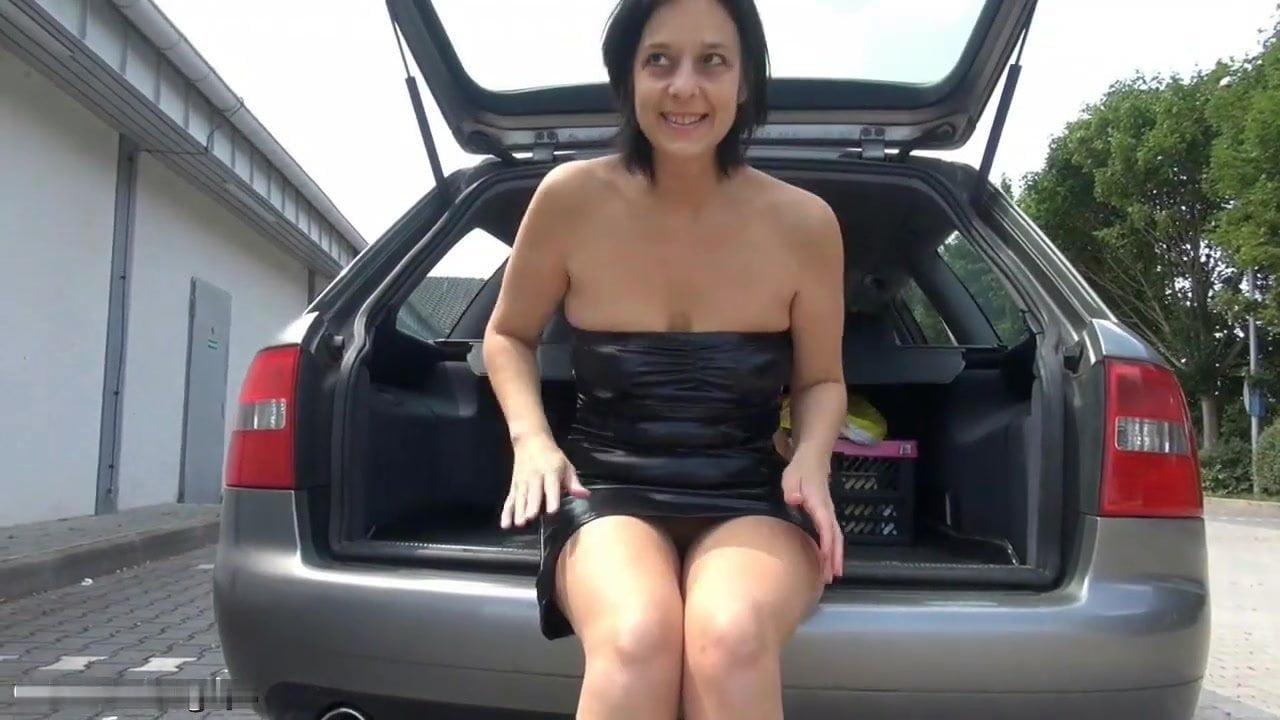 patrick-woman-fucking-a-trailer-hitch-kajol-photos-rubbing