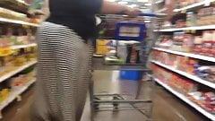 Sweaty booty bbw in black spandex