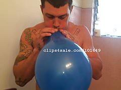 Balloon Fetish - Lou Balloons Video 1