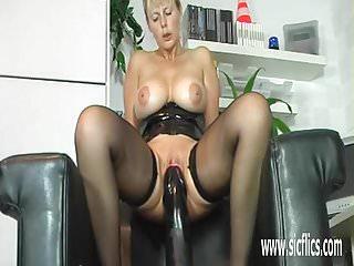 Gigantic dildo fucking mature amateur slut