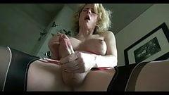 blonde travesti