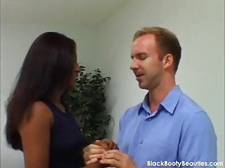 Free video interracial sex - Tight wet black pussy in an interracial sex video