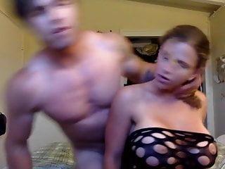 Tatted jock fucks sexy curvy girlfriend after gym