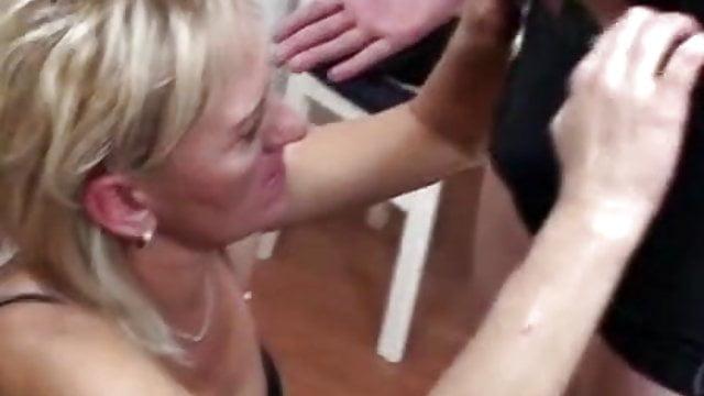ružno bbw porno pravi domaći seks u troje