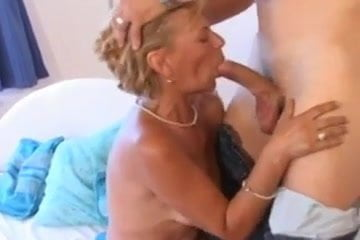 Short Hair Milf Tube