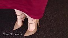 nude stapy heels