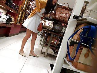 CDMX Upskirt jovencita tienda de bolsas