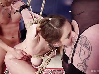 Download video bokep Fan Girl Gets The Full Treatment Mp4 terbaru