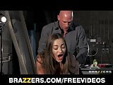 Dani Daniels gives amazing BJ and gets rewarded with doggy