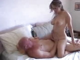 After Her Shower She Wants Oral Play And Dick In Her Video