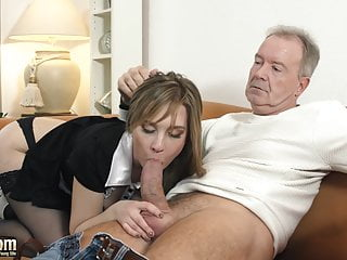 Omg My Dad Fucks Teen Maid She Gives Him A Blowjob And Fuck