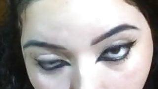 BBw Latina gives nice head