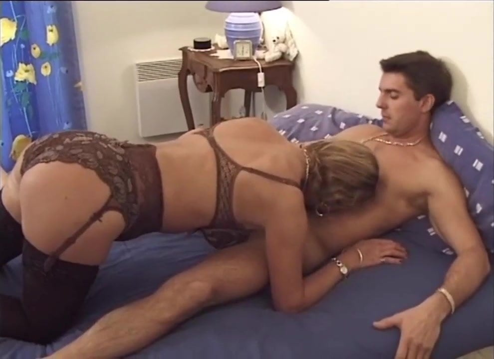 amateur wife in stockings fucks group of men