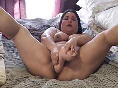 Fat bbw amatuer enjoying huge cock