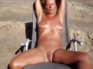 Download video bokep Nudist Couple Camping LIfe Mp4 terbaru