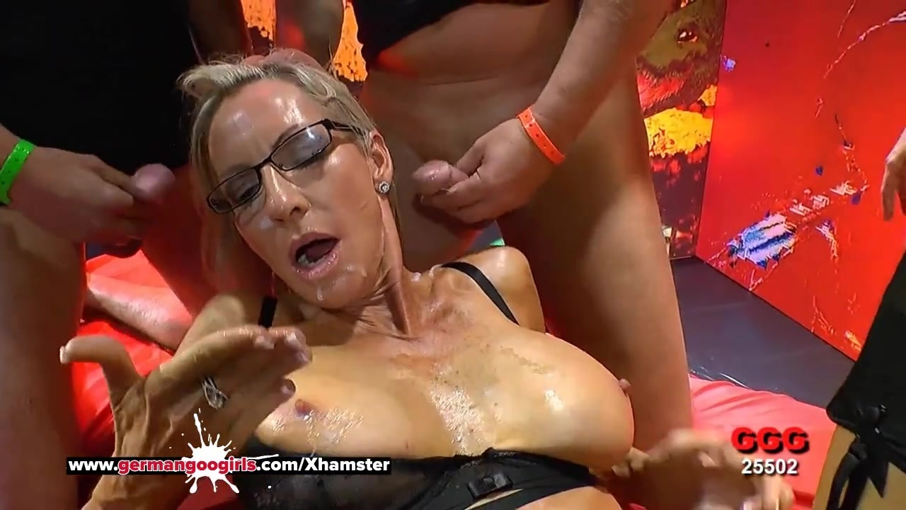 Busty Mature Emma Starr Cum Hungry In Germany - Ggg-8348