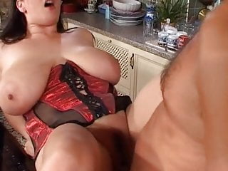 Czech Milf Huge Floppy Saggy Tits