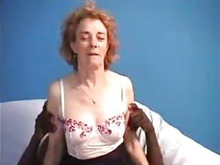 Agnes grosse bite noire pour anal