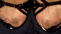 Do my feet & soak my toes